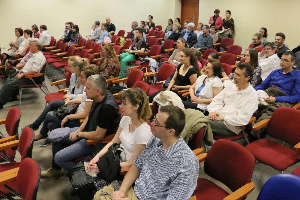 DUNÁTÓL KELETRE - térségi népzenei verseny és találkozó