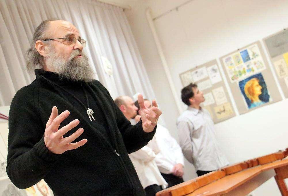 CSÁTTH ATTILA KARIKATURISTA EMLÉKKIÁLLÍTÁSA A MAGYAR KULTÚRA NAPJA ALKALMÁBÓL
