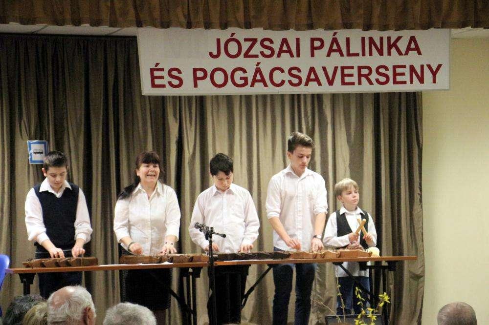 IX. JÓZSAI PÁLINKA- ÉS POGÁCSAVERSENY