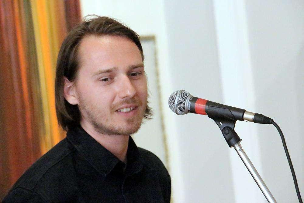 SZŰCS GÁBOR (Somorja, Szlovákia) FESTŐMŰVÉSZ EGYÉNI TÁRLATA