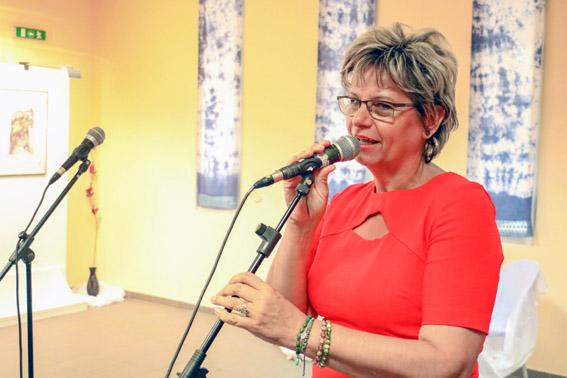 DALOK – JELEK - Bődi Ildikó textiles iparművész kiállítása