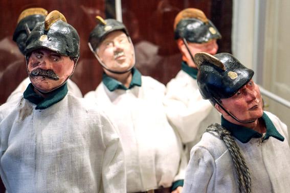 ARJA JAPPINEN finn babakészítő kiállítása