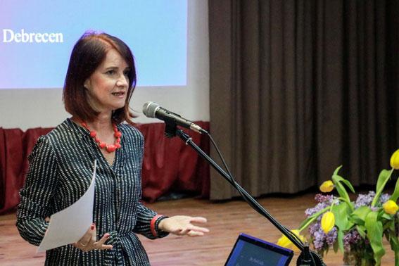 SZEMÜNK FÉNYE, A GYERMEK - konferencia