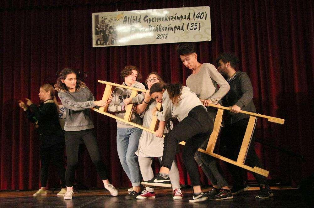 Az Alföld Gyermekszínpadának és Főnix diákszínpadának jubileumi műsora