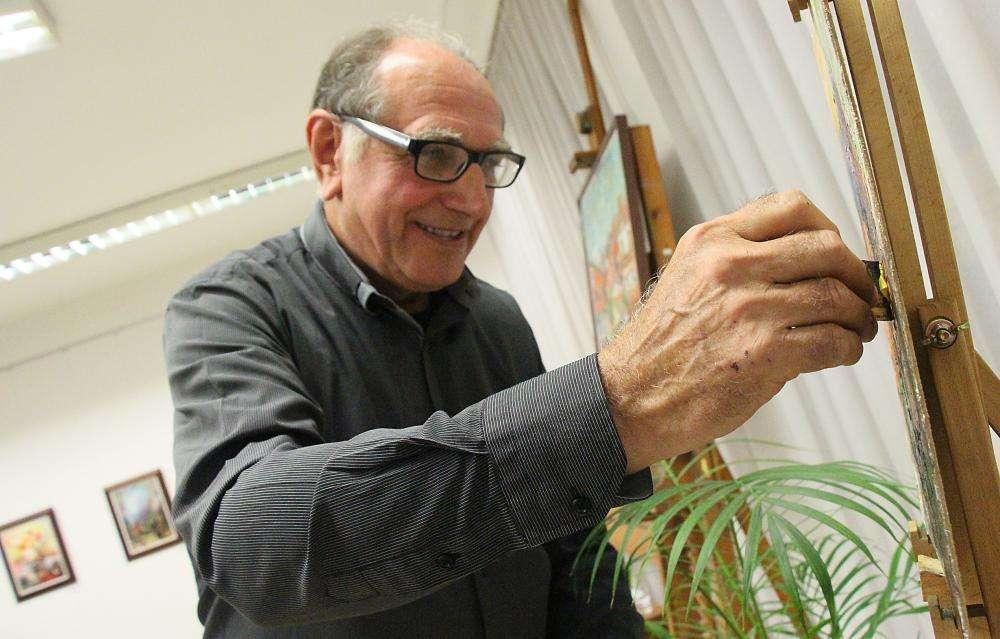 Színes világ-B. Orosz István képzőművész kiállítása