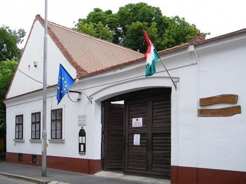 Tímárház felújítás és átalakítás