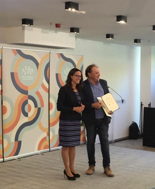 A Debreceni Művelődési Központ idén is elnyerte a Családbarát Munkahely címet