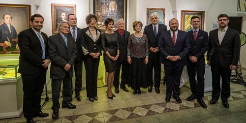 Alkotói ösztöndíjakat vehetett át Mátrai-Nagy Andrea a Tímárház egységvezetője