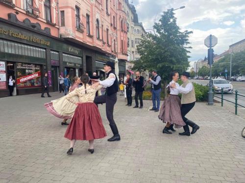 Flashmobbal emlékeztünk Trianon 100. évfordulójára