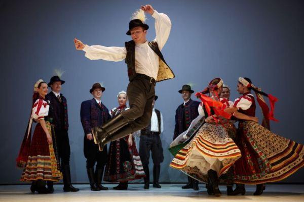 Magyar táncok – interaktív néprajzi előadás