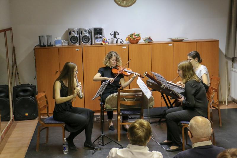 KOMOLYRA FORDÍTVA: Koncertjüket adják a Debreceni Egyetem Zeneművészeti Karának hallgatói