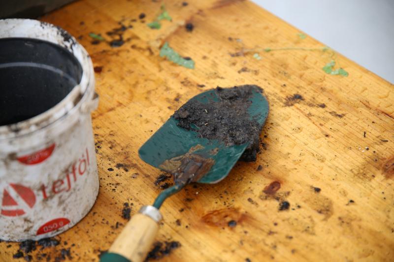 KÖZÖSSÉGI KERT KLUB: Illusztratív fotó egy kertben használatos szerszámról