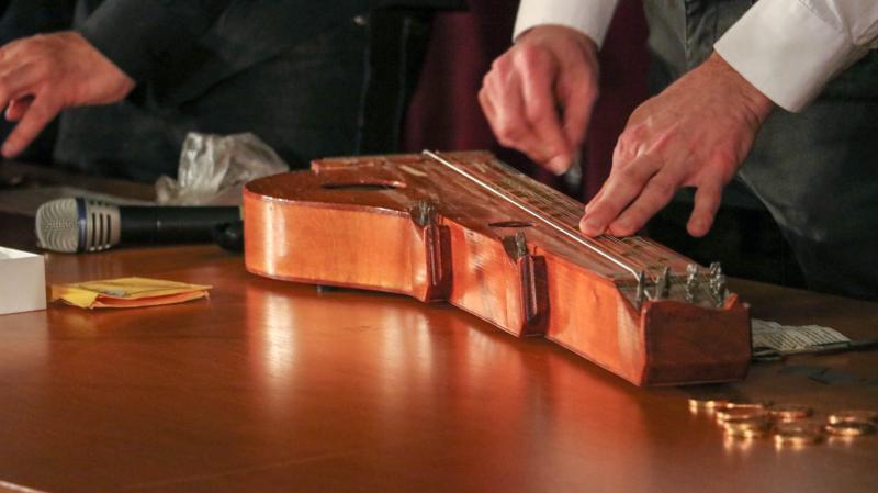 VISSZATEKINTŐ-A Debreceni Citerazenekar előadásai